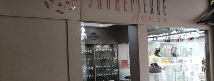 80464112a89 Ande com estilo com relógios e joias da Jaunepierre Joalheria ...